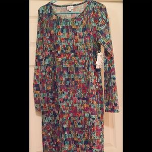 NWT💕 Lg Debbie Dress Stretchy and Fabulous ⭐️